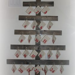 DIY Wooden Advent Tree With Scripture Cards