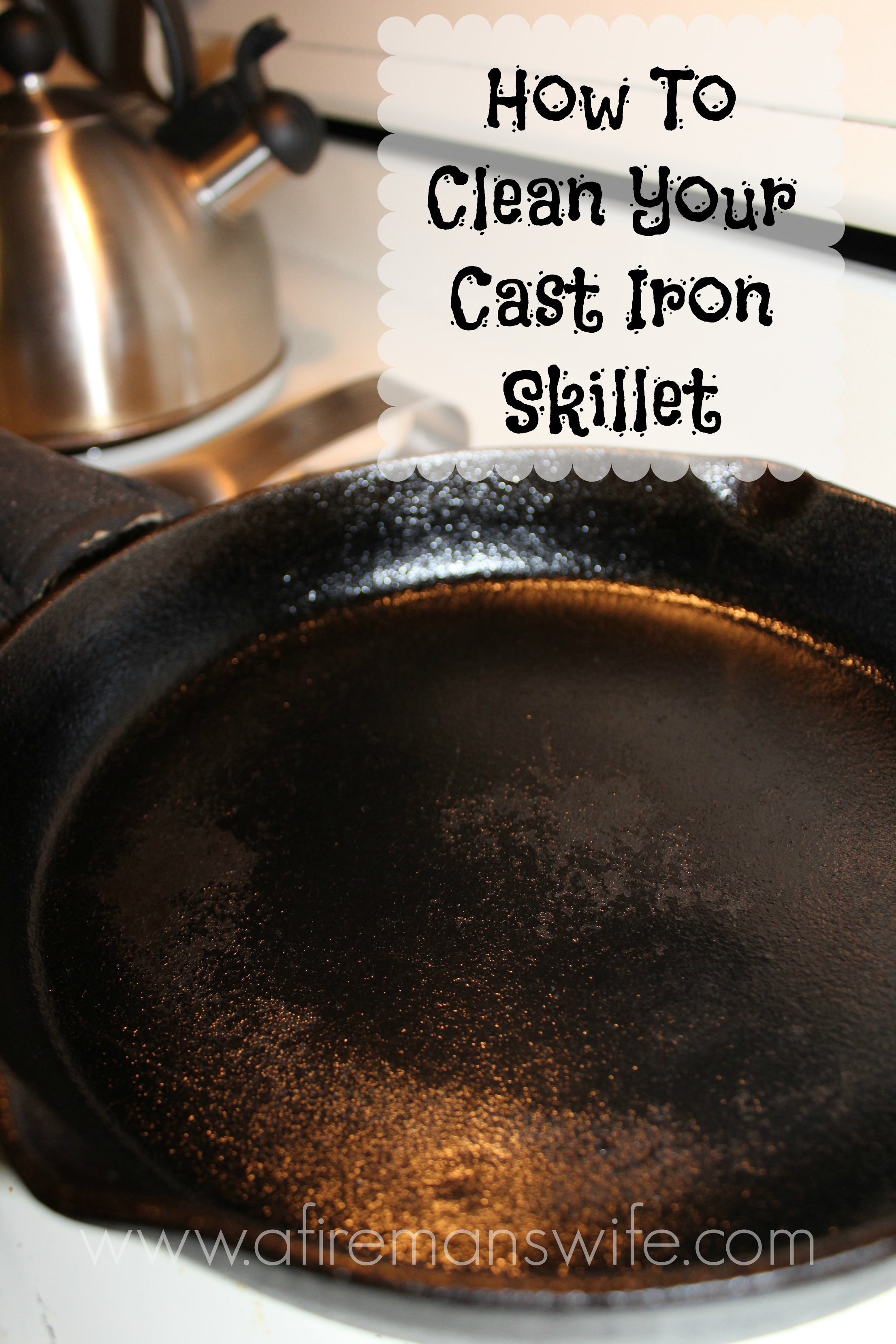 how to clean your cast iron skillet or cookware. Black Bedroom Furniture Sets. Home Design Ideas