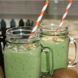 Kiwi, Spinach Shamrock Smoothie